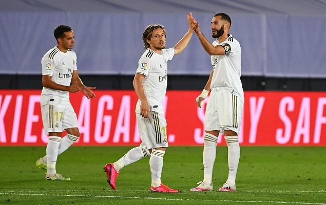 皇马2-0阿拉维斯持续4分领跑
