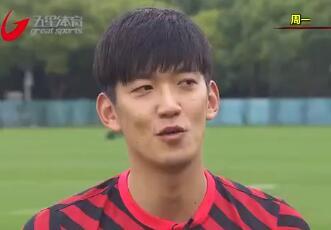 颜骏凌:一直有一个冠军梦,暂时还没有留洋想法