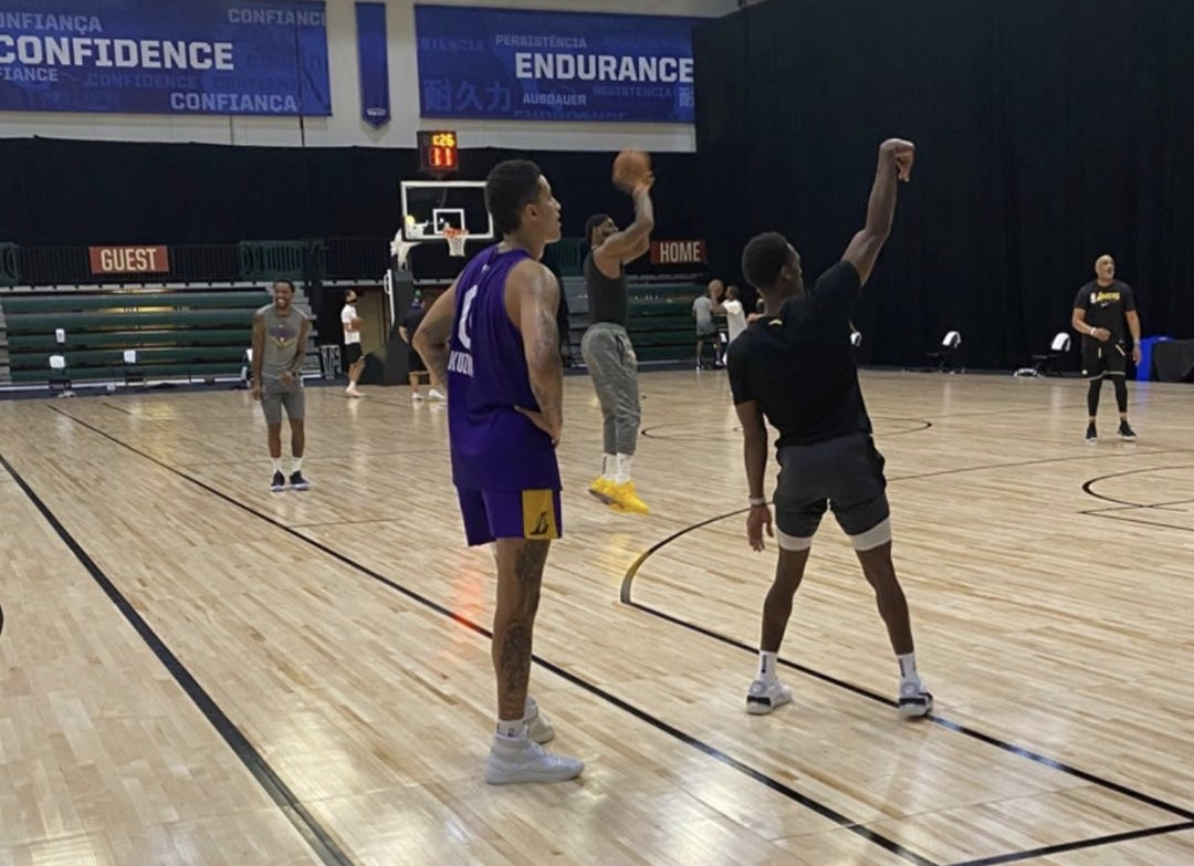 谁赢了?湖人助教晒今日詹姆斯、库兹马、隆多投篮训练照