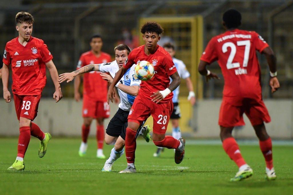 踢球者:拜仁小将理查兹迈耶得到德甲邀请,迈或转投德乙
