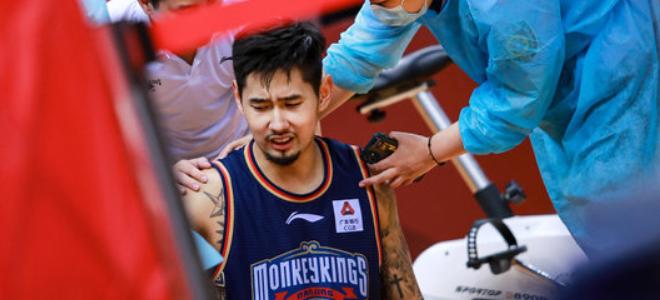 同曦男篮孙思尧宣布因创伤后应激障碍告别本赛季