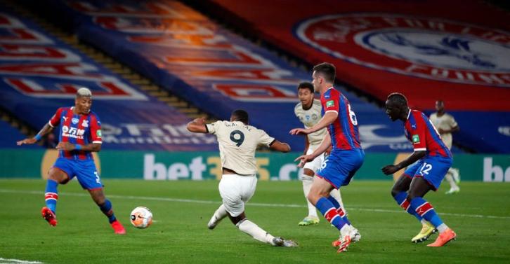 曼联2-0打败水晶宫,近期状态炽热的马夏尔再次取得进球