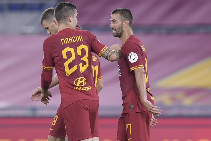 GIF:斯皮纳佐拉抽射破门,罗马半场前1-1扳平比分