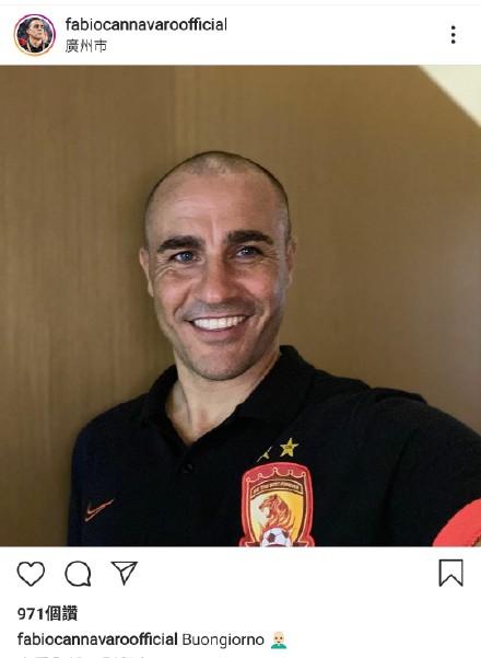 梦回德国世界杯!卡纳瓦罗出征大连前晒新发型