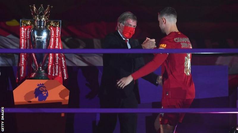 亨德森谈获奖:这是利物浦全队的荣誉,感谢我的队友们