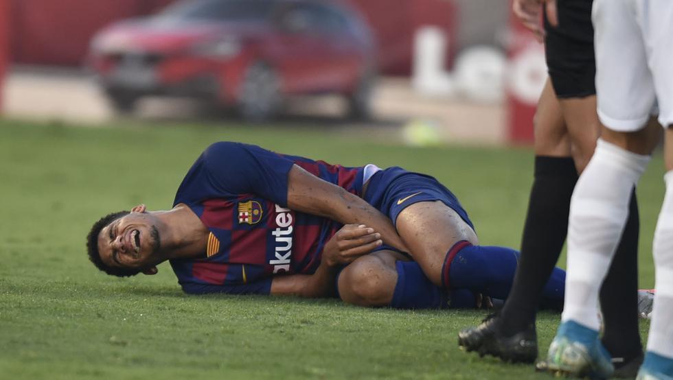 官方:阿劳霍右脚踝扭伤,归期视恢复情况而定