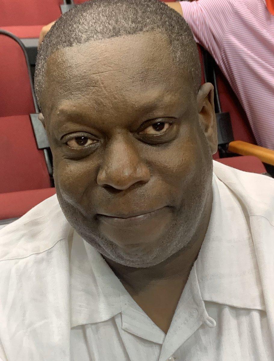 尼克斯强烈考虑让埃德-平克尼加盟球队教练组