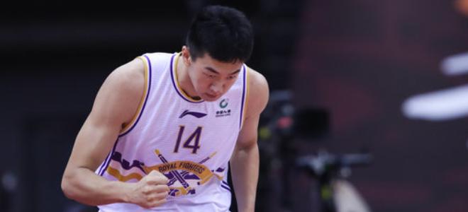 王少杰:季后赛首秀给自己打6.5分,孙悦的表现只能膜拜