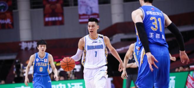 季后赛每日数据之最:林书豪26分,王哲林20个篮板