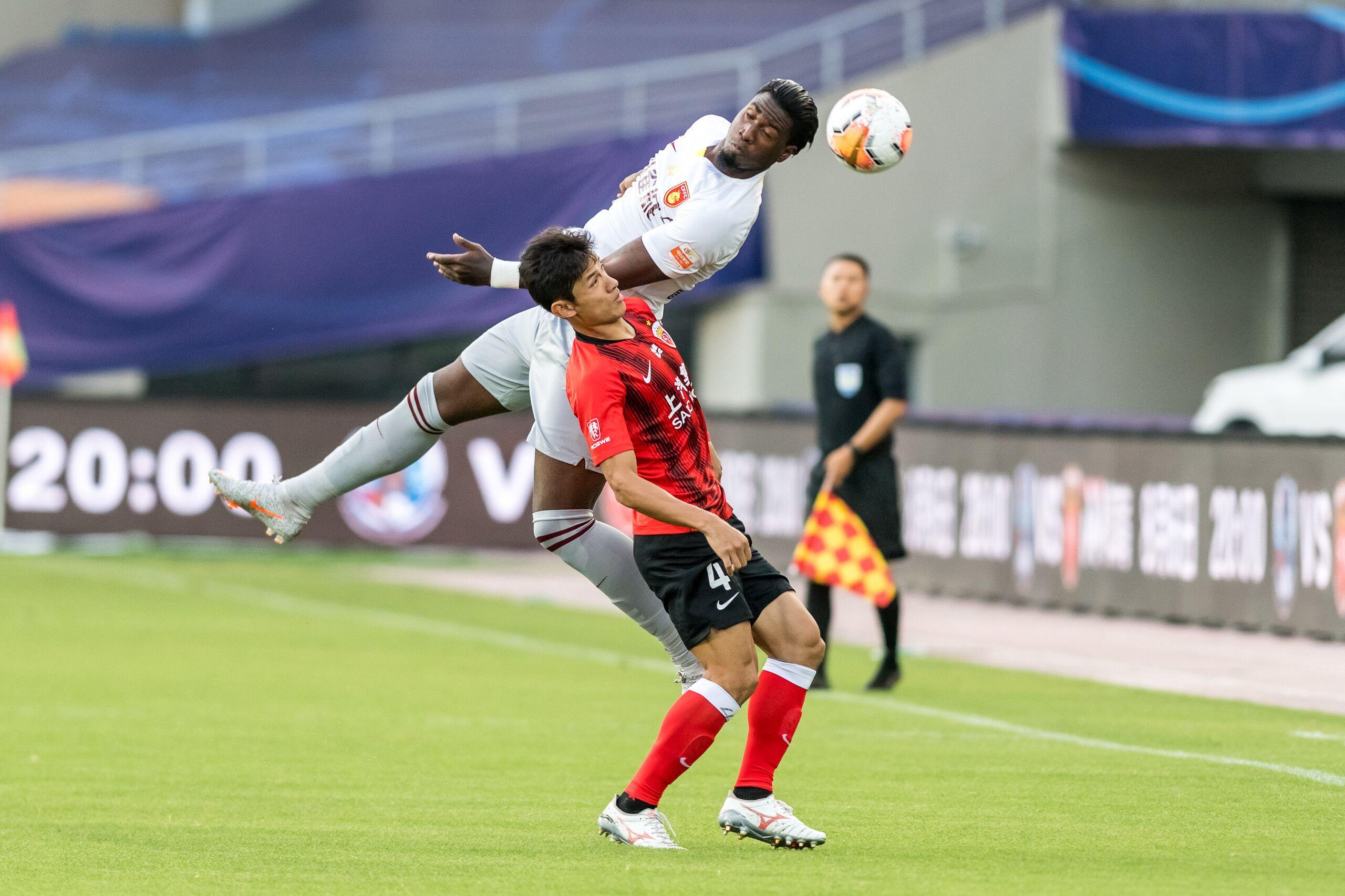 半场:阿瑙破门王燊超进球无效足球14场胜负彩开奖结果,上港1-0华夏幸福
