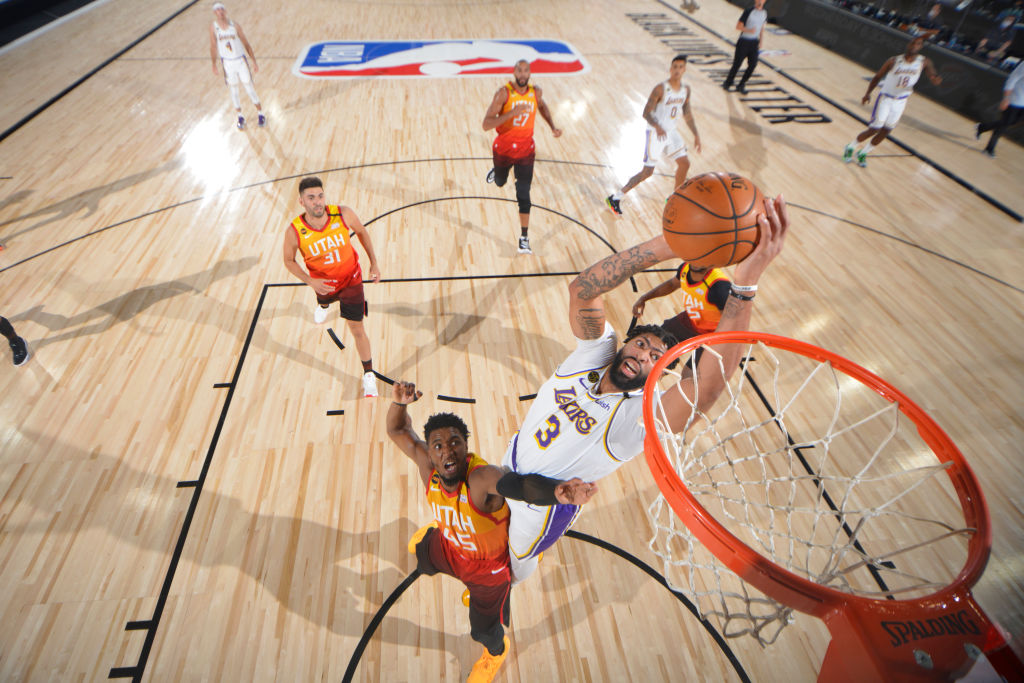 沃格尔盛赞戴维斯:戴维斯是NBA中最具天赋的防