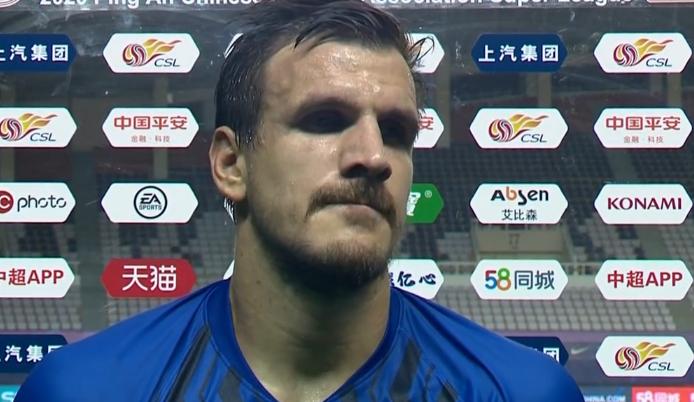 桑蒂尼:连续2场被打到脸部不算什么,我只想赢得比赛