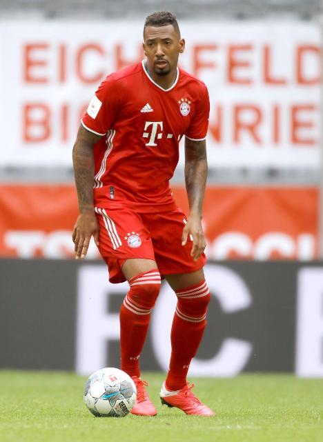 法尔克:拜仁高层愿意出售博阿滕,弗里克则期望留下他