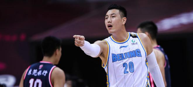 翟晓川:赢在防守与篮板,今天大家保持了头脑清醒