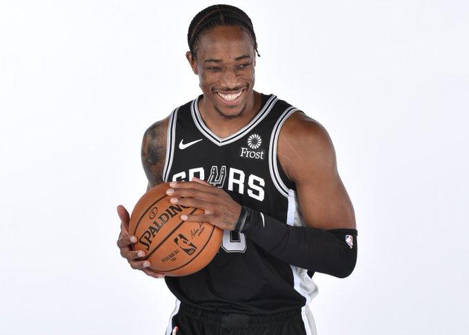 NBA官推祝德马尔-德罗赞31岁生日快乐