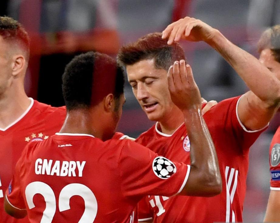 格纳布里:拜仁具有场场都能进球的莱万,有决心迎战巴萨