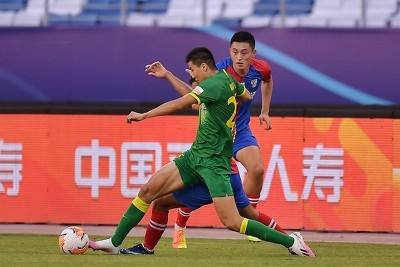 GIF:悬念回来了!朱建荣头球破门,黄海2-3国安
