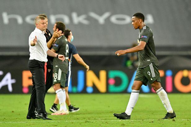 费迪南德评曼联:比赛没什么好分析的,抓不住机遇就会受赏罚