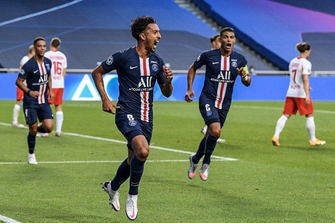 GIF:马尔基尼奥斯利用任意球头槌建功,巴黎取得领先