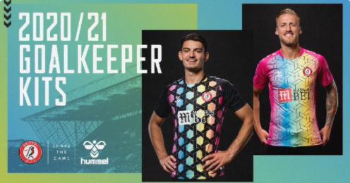 门将也是最靓的崽!英冠布城发布新赛季门将彩虹色球衣