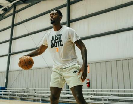 波蒂斯:如果你热爱篮球,那它也会爱你