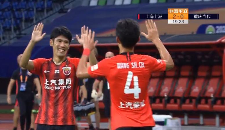 GIF:再下一城!刘乐送礼王燊超破门,上港2-0重庆