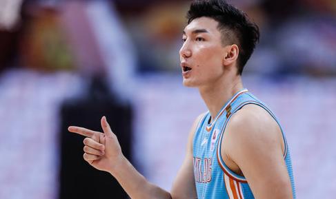 宋翔:刘铮和可兰白克接近加盟上海队,近期将会与球队会合