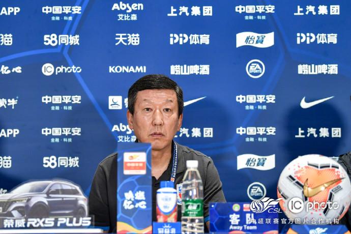 崔康熙:冯潇霆和朱辰杰有伤在身,球队缺少突破型球员