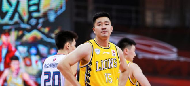 CBA官方更新自由球员名单:赵天熠、郭凯伦在列