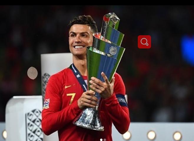 C罗鼓励球队:明天我们将开启欧国联卫冕之旅,葡萄牙加油