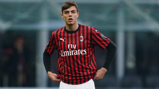 小马尔蒂尼友谊赛进球,距父亲上次在圣西罗破门已隔12年