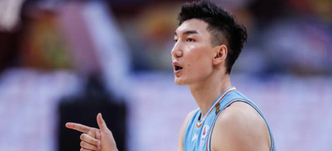 官方:上海男篮提交区俊炫、可兰白克等10位球员注册材料