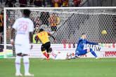 法甲:布尔卡送大礼加纳戈破门 朗斯1-0大巴黎