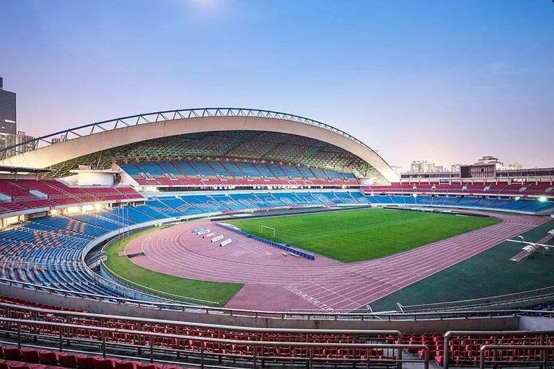 官方:成都双流体育中心中甲比赛对外开放,每场不超2000人 第1张