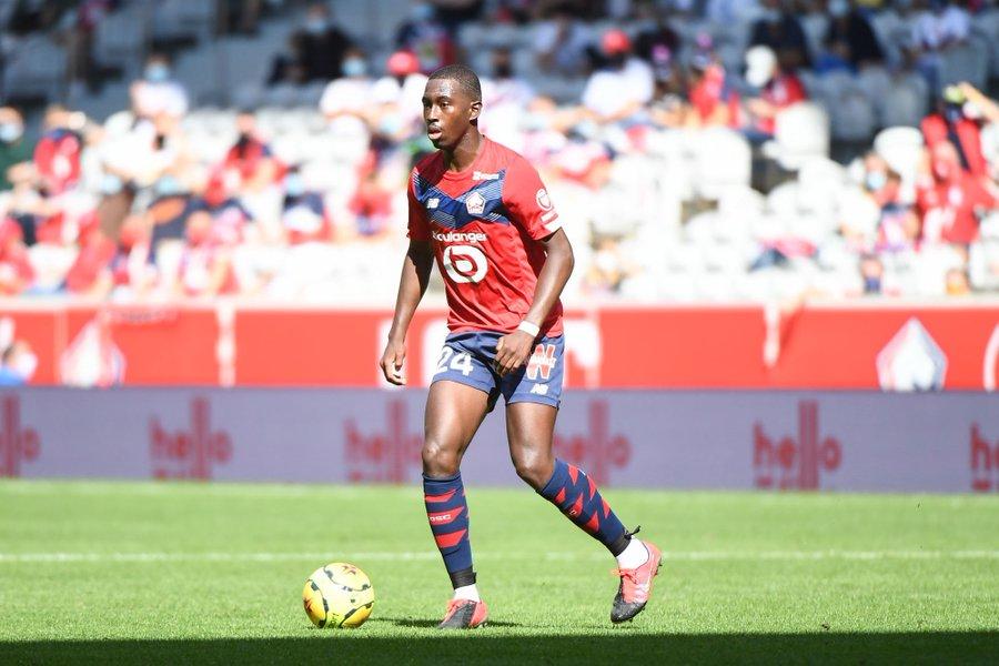 Telefoot:巴黎有意回购里尔中场苏马雷,但球员或想出国