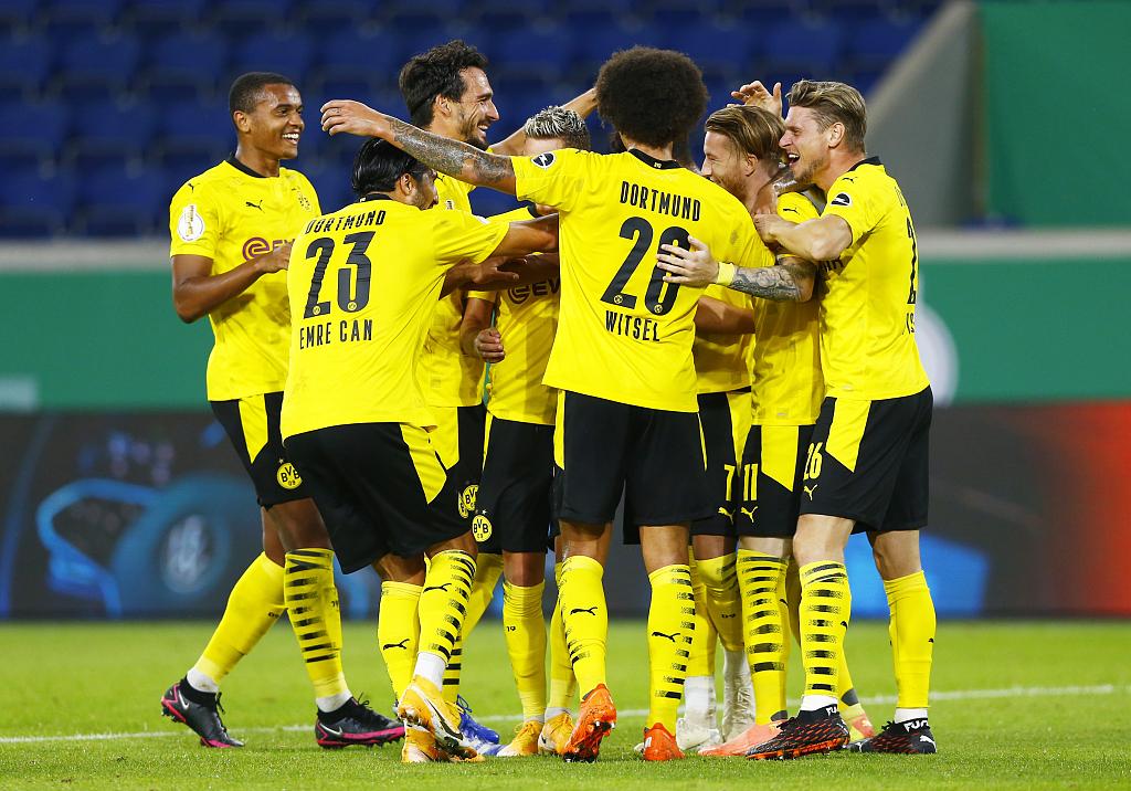 德国杯:桑乔小阿扎尔罗伊斯建功,多特5-0杜伊斯堡