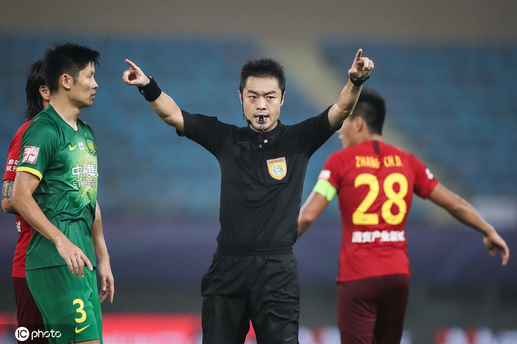 前国安球员王长庆炮轰裁判金京元:这点球判罚容易挨揍