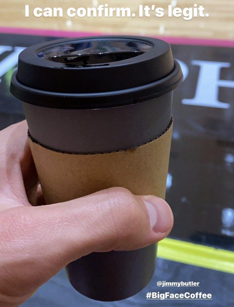 贝博彩票APP_贝博官方网站迈耶斯-伦纳德赞巴特勒咖啡:大脸咖啡的高定价绝对合理_贝博彩票APP_贝博官方网站NBA新闻
