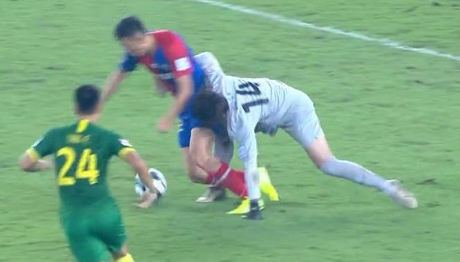 GIF:邹德海脱手后送点,克莱奥点射命中!黄海1-0国安