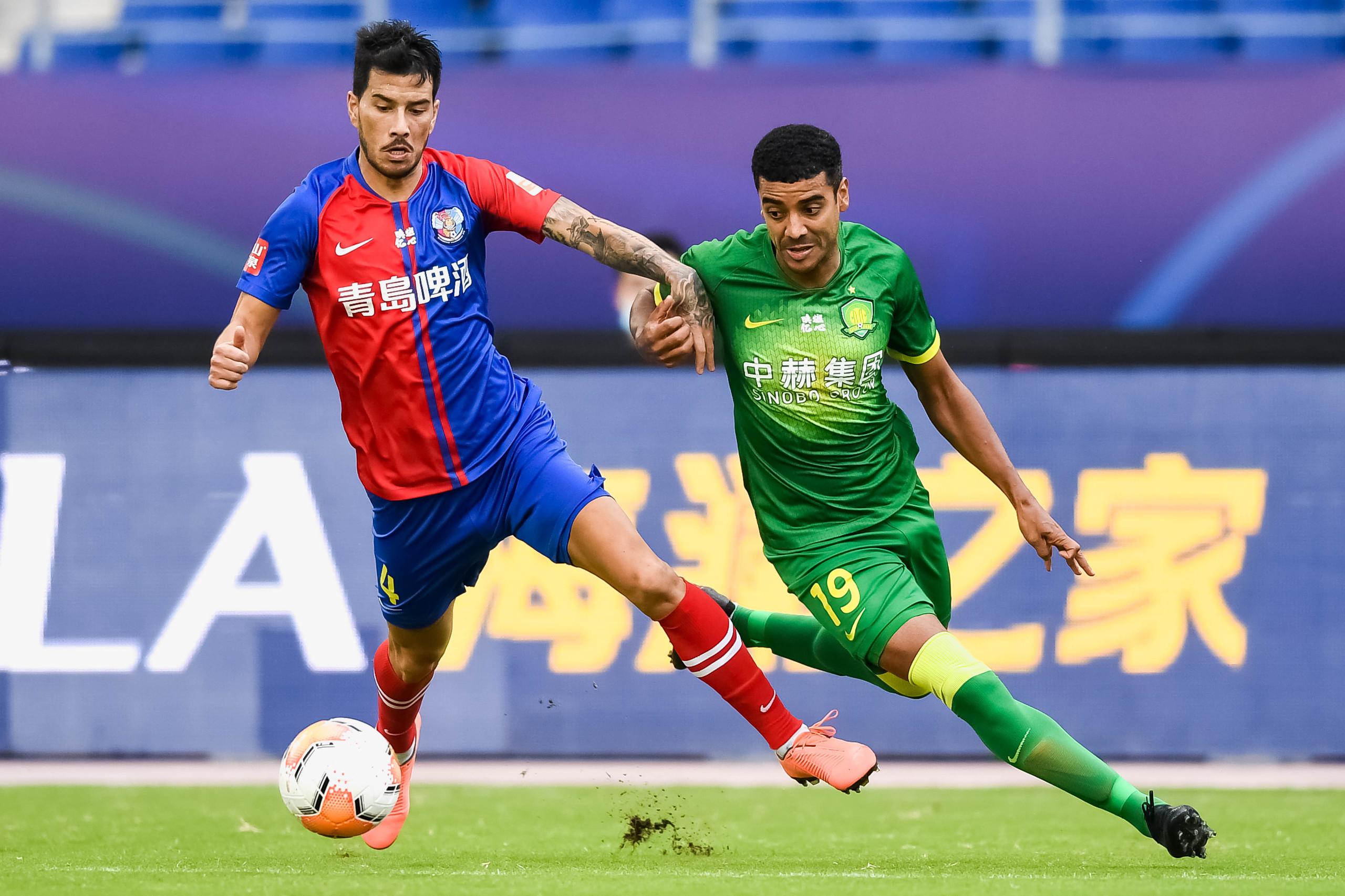 半场:比埃拉费尔南多进球傲骨伤退,国安3-0黄海