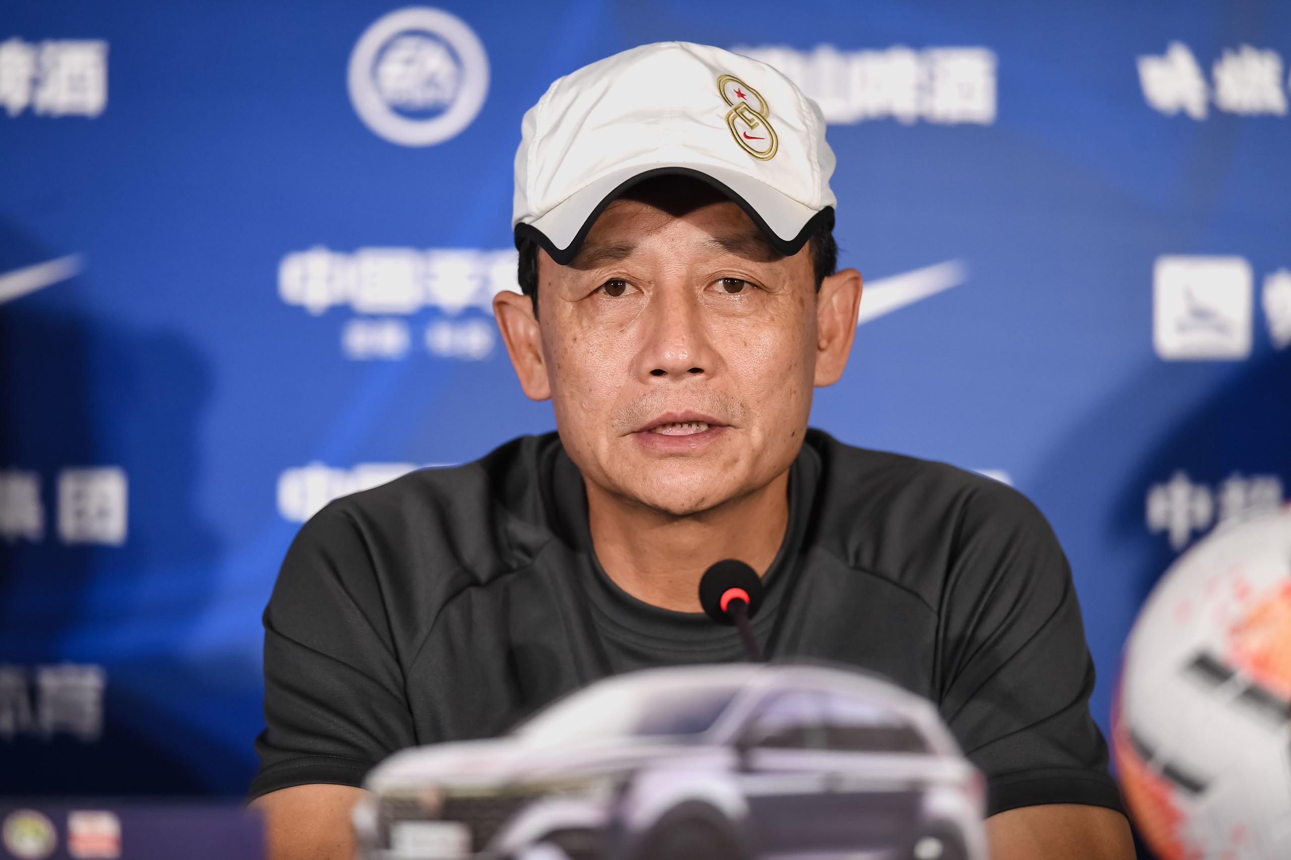王宝山:一直不胜教练肯定有压力,相信离取胜不远了