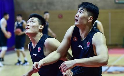 虎扑CBA独家专访张宁:全力完成教练布置任务,从防守做起