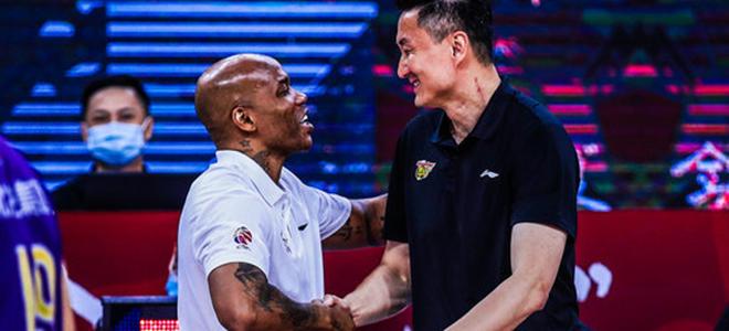 马布里:能当上中国男篮助教会是我的荣幸,主帅应是中国人