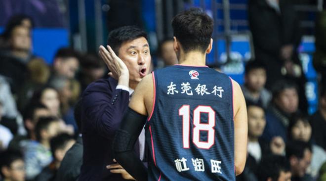 距开赛18天,18号杜润旺当选虎扑CBA今日倒计时先生