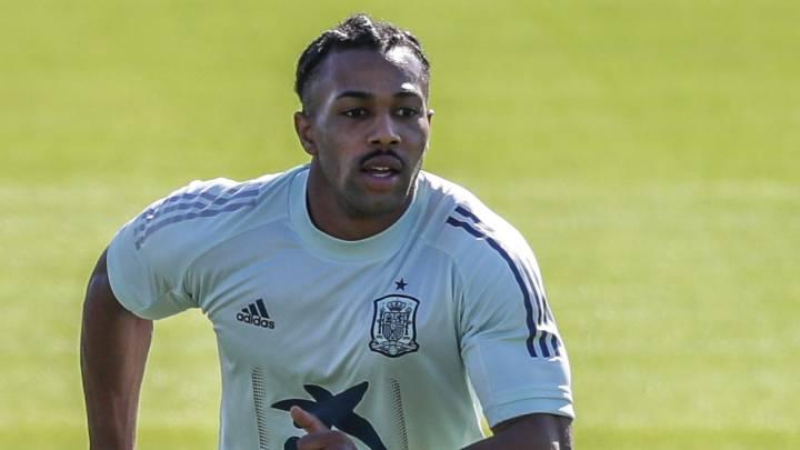 马里征召特拉奥雷,西足协认为这是阻止球员首秀的阴谋
