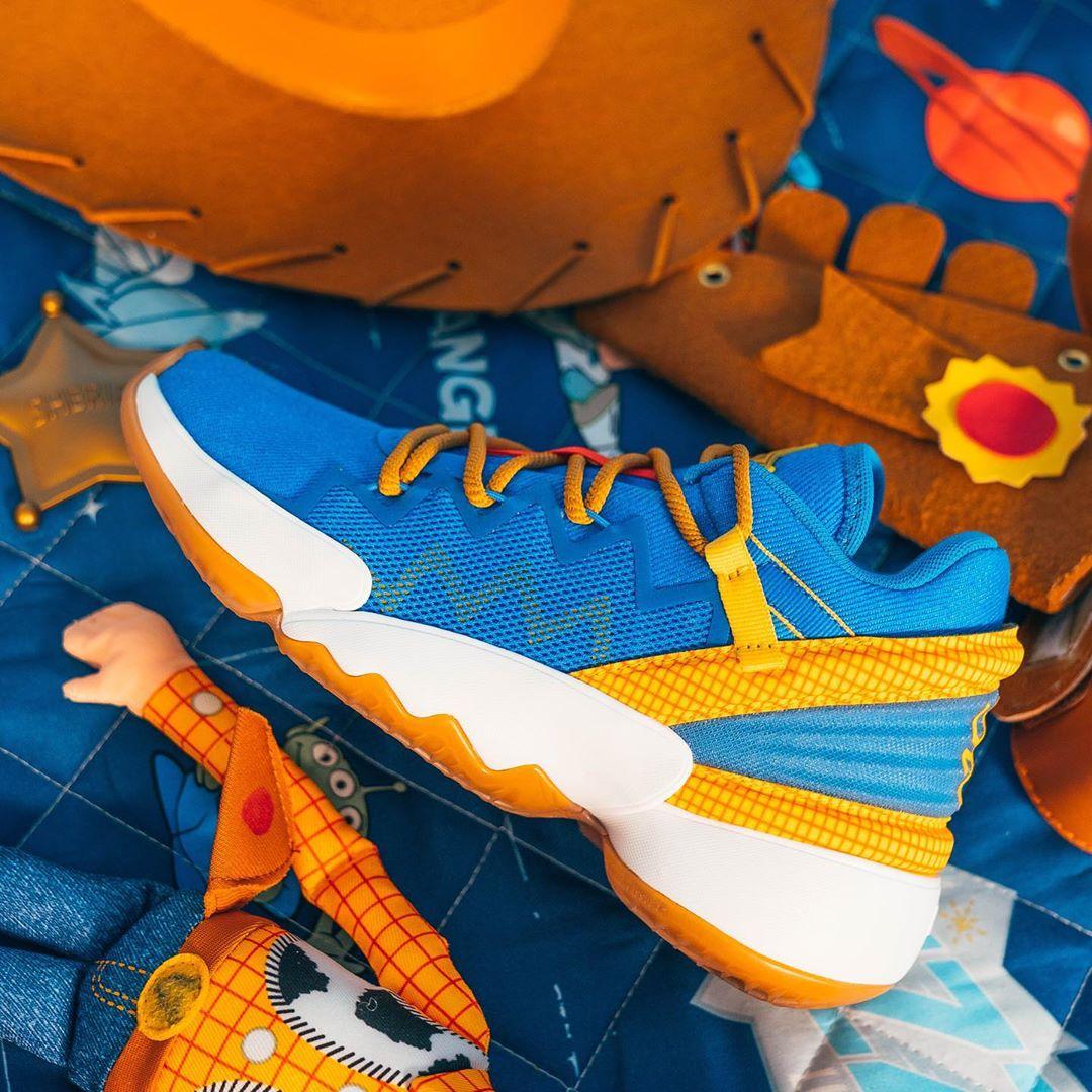 米切尔更新Instagram,晒出自己战靴的新配色