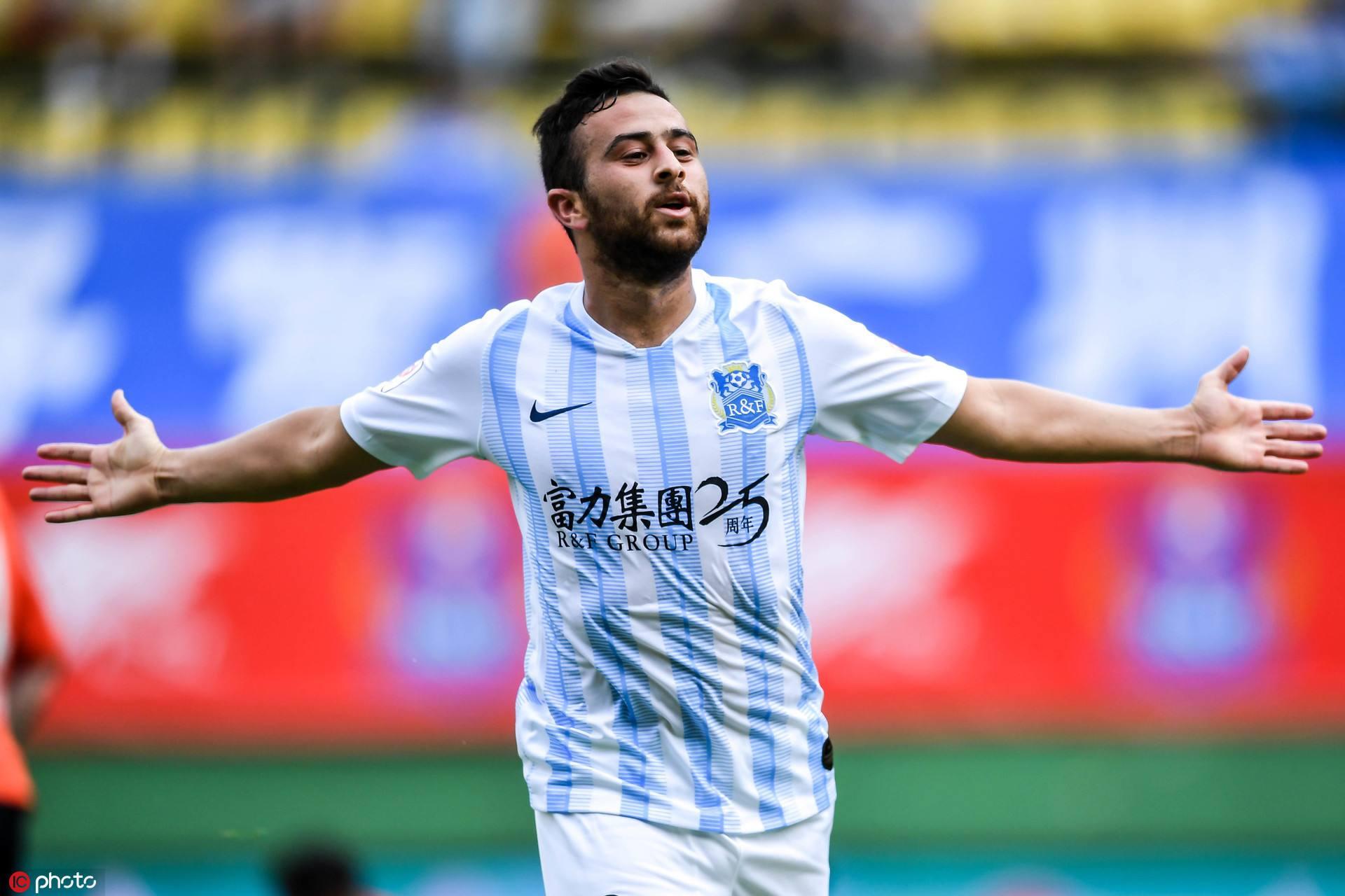 德转:萨巴从富力转会加盟迪拜胜利转会费为2