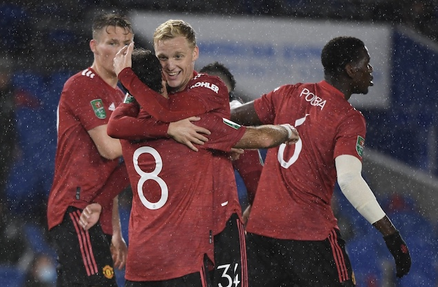 英联杯:马塔传射博格巴世界波,曼联客场3-0布莱顿晋级