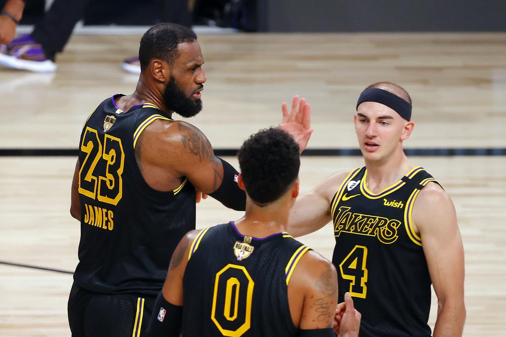 湖人半场三分出手27次打破NBA总决赛半场三分出手纪录