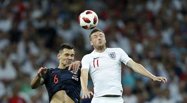 本赛季瓦尔迪英超已进5球,索斯盖特:国家队大门向他敞开